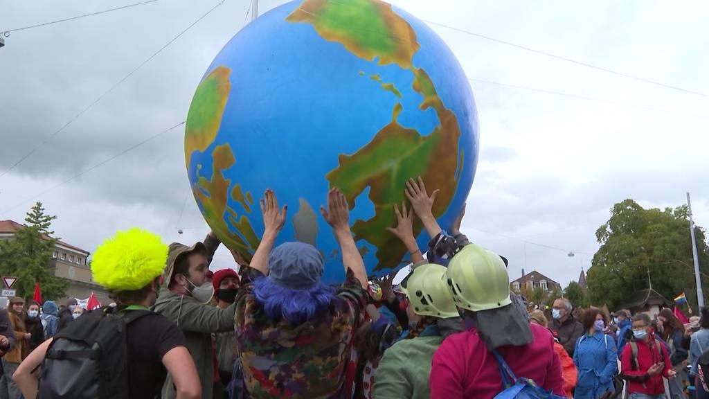 Erneute unbewilligte Klimademonstration in Bern