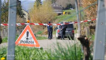 Auf dem Gemeindegebiet wurden am Dienstag und Mittwoch zwei selbstgebastelte Sprengkörper gefunden. Die Polizei musste jeweils ausrücken. Bereits im März gab es in Klingnau mehrere Explosionen. Die Bevölkerung ist nach den Ereignissen verunsichert.