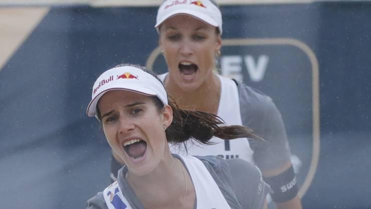 Stehen in Österreich im Halbfinal: Joana Heidrich (vorne) und Anouk Vergé-Dépré. (Archivbild)