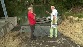 Inseli-Bauer Simon Antener (l.) und Odd-Fellows-Vertreter Richard Mühlemann, links eine neue Seilstütze. TeleM1
