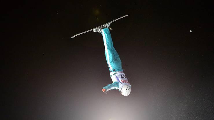 Mischa Gasser während der Aerials-Qualifikation an den Ski-freestyle-Weltmeisterschaften 2015 in Kreischberg.