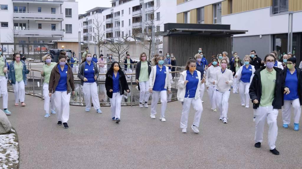 Jerusalema-Challenge im Pflegezentrum Süssbach in Brugg