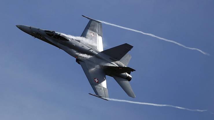Ein F/A-18-Kampfjet der Schweizer Luftwaffe.