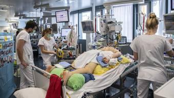 Covid-Patient auf der Intensivstation: viele  Ressourcen gebunden.