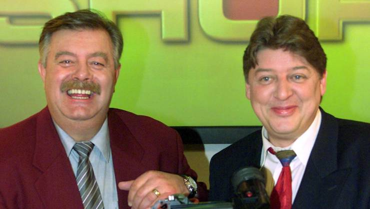 Bild aus dem Jahr 2001: Walter Freiwald (rechts) mit Harry Wijnvoord in einem RTL-Fernsehstudio in Köln.