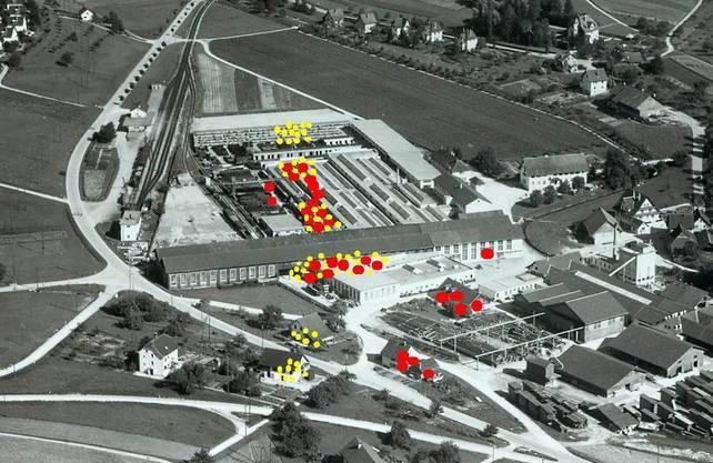 Bucher-Guyer: Schüsse der Bordkanone (rot) und Maschinengewehre.