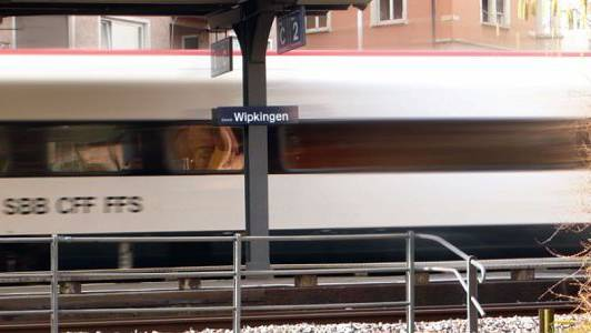 Der Quartierverein hat eine Petition für einen Viertelstundentakt ab Bahnhof Wipkingen lanciert.