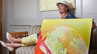 Kunstmalerin De Boga stellt im Museum Schneggli Reinach ihre Felsengesichter aus. psi