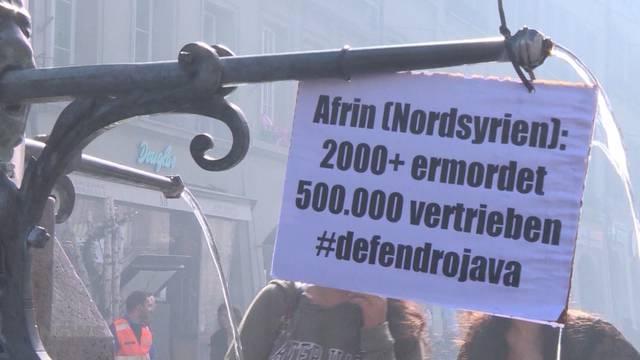 Aus Afrin-Demo resultieren 147 Anzeigen