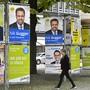 Wahlplakate in Zürich: Würde dieses Wochenende gewählt, könnten die Grünen und die GLP am meisten zulegen. (Symbolbild)