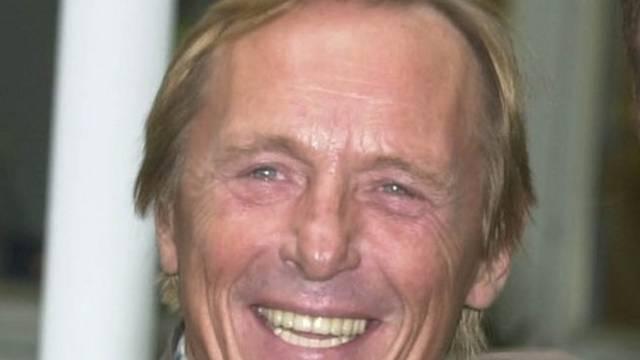 Dass er 70 ist, merkt Claus Theo Gärtner nur deshalb, weil die anderen es sagen (Archiv)