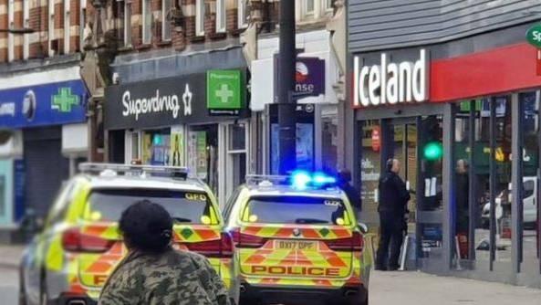 Terrorverdacht in London: Polizei erschiesst einen Mann