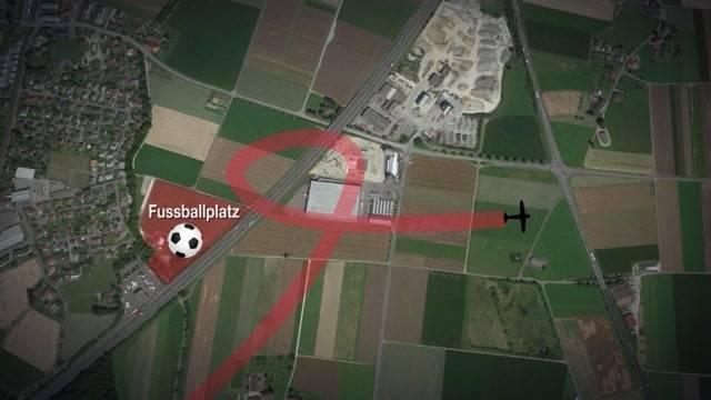 Der Fussballplatz war besetzt