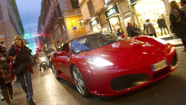 """Die Steuerfahnder haben den """"armen"""" Ferrarifahrern auf den Zahn gefühlt (Symbolbild)"""