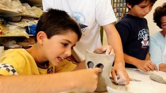 In letzter Zeit wurden Teelichter modelliert, demnächst Ton-Gnomen.