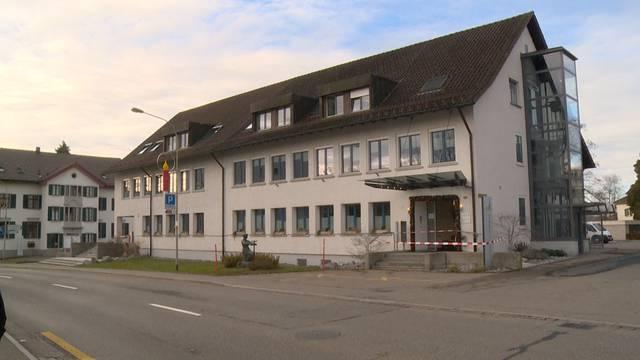 Hinwiler Gemeindehaus-Randalierer festgenommen