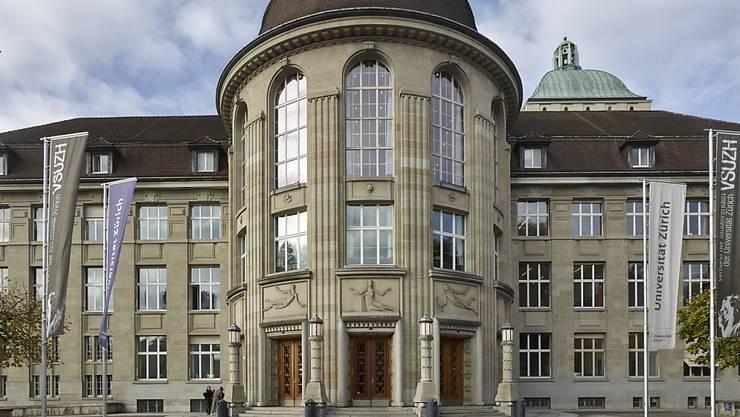 Trotz Maskenpflicht werden an der Universität Zürich im Herbstsemester so viele Studierende erwartet, wie noch nie. (Archivbild)