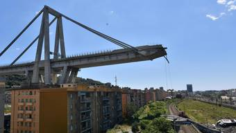 An eine neue Brücke in so kurzer Zeit glaubt in Genua so gut wie niemand.