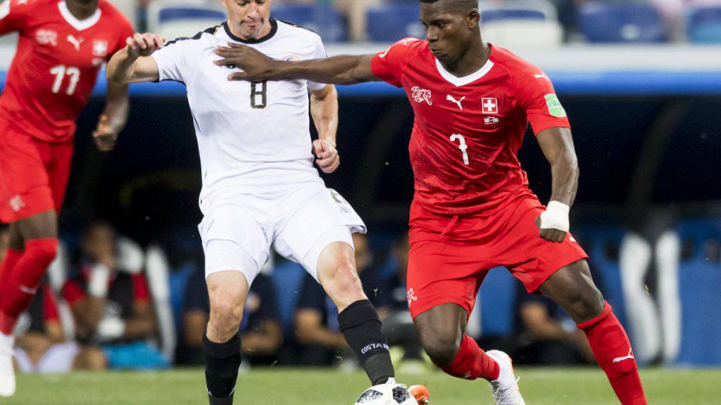 Nach dem zähen Ringen gegen Costa Rica erhoffen sich die Schweizer Medien von Breel Embolo und Co. im WM-Achtelfinal gegen Schweden eine Steigerung