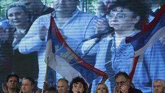 Sonja Jovicic-Karadzic, Tochter des in Den Haag verurteilten Serbenführers Radovan Karadzic, steht auf der Seite der Dodik-Gegner