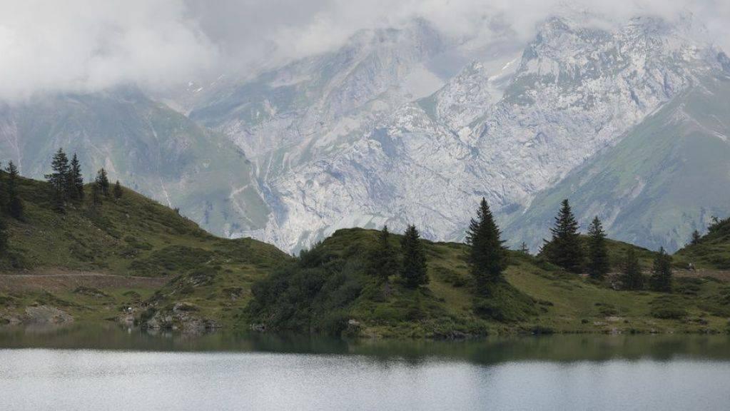 «Engelberg» von Silvia Götschi ist aktuell das meistverkaufte Taschenbuch in der Schweiz. Der Krimi spielt in der rauhen Obwaldner Landschaft.