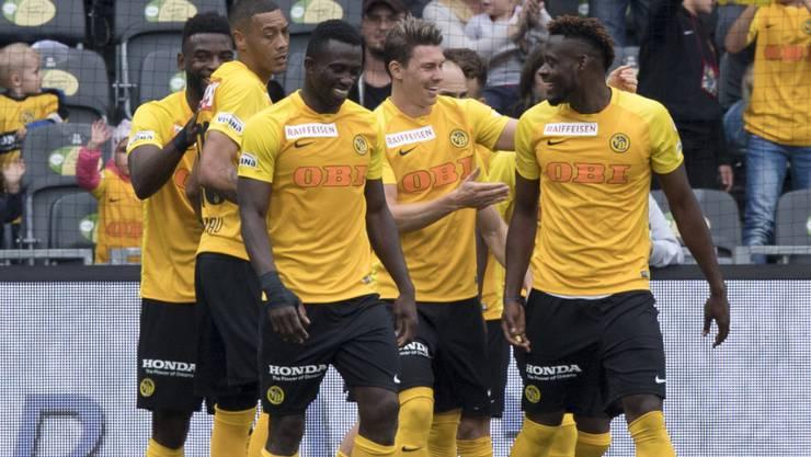 Die Young Boys haben allen Grund zum Jubeln: Die Berner führen nach sieben Runden die Tabelle der Super League an