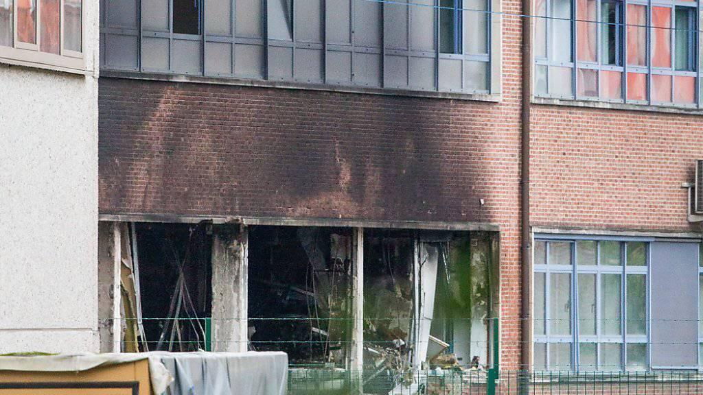 Schwerer Sachschaden, aber wenigstens keine Toten oder Verletzten im belgischen Kriminallabor in Brüssel.