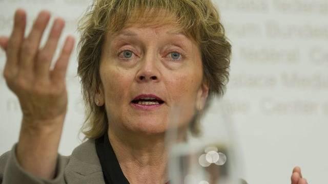Der Bundesrat mit Finanzministerin Widmer-Schlumpf will OECD-Standard für das Abkommen mit Irland (Archiv)