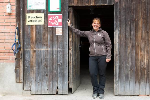 Sie organisiert regelmässig Reitlager auf ihrem Hof oberhalb von Birmensdorf.