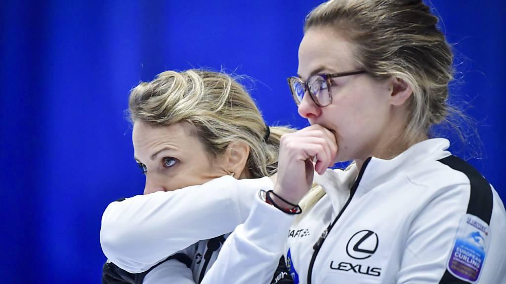 Eine Art Geschlechterkampf auf dem Curling-Rink
