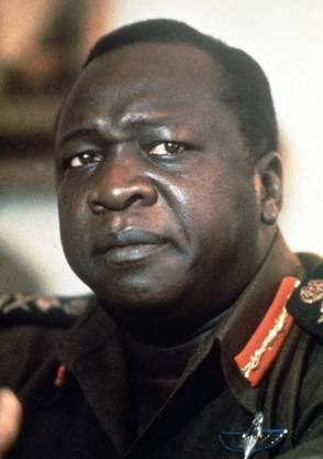 Der Fettwanst verfütterte Gegner an Krokodile ... nein, nicht als Bösewicht im James-Bond-Film. Er zwang Unglückliche, sich mit dem Vorschlaghammer gegenseitig den Schädel einzuschlagen. Mindestens 300 000 Menschen liess er umbringen. Wurde er je zur Rechenschaft gezogen? Idi Amin (1928–2003), «Big Daddy», wie ihn Freunde nannten, galt in Europa allenfalls als Blödmann und Faxenschneider. Nach seinem Sturz lebte er noch 25 Jahre in der saudischen Hauptstadt, mit ordentlicher Apanage und den neusten Limousinen. Er war ein guter Muslim.