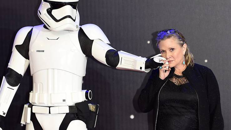 """Das Herz: """"Star Wars""""-Darstellerin Carrie Fisher (rechts) ins Spital eingeliefert. (Archivbild)"""