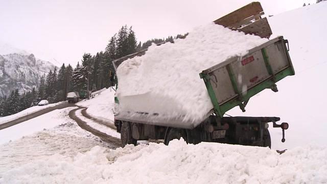 Schnee-Transport nach Adelboden