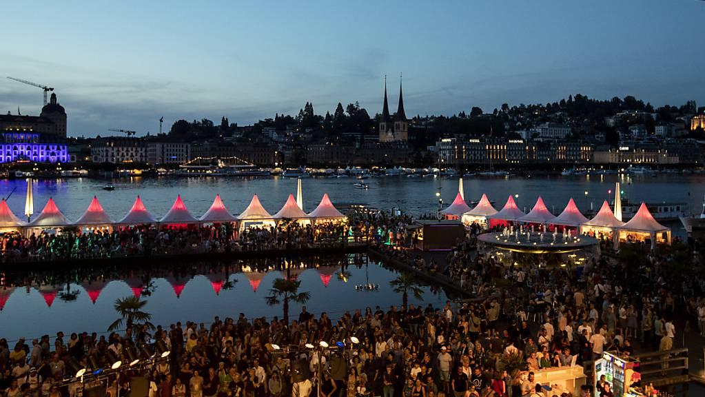 Das Blue Balls Festival soll wieder so stattfinden, wie es war - ohne Einschränkungen. Deshalb findet diesen Sommer keine Ausgabe statt. (Archivbild)