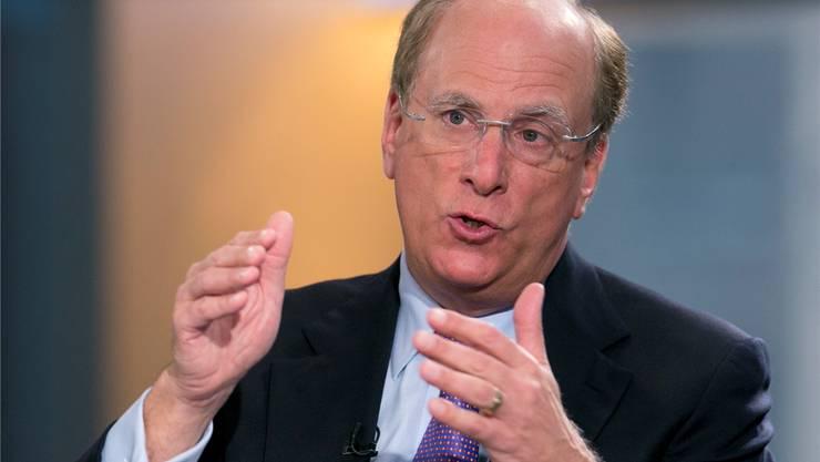 Larry Fink, Chef des Vermögensverwalters Blackrock, will verantwortungsvoller anlegen.Mark Lennihan/AP/Keystone