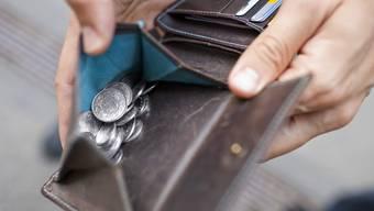 Beim Geldwechseln versuchte der Trickdieb die 90-jährige Frau zu überlisten. (Themenbild)