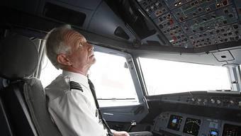 Wunder-Pilot Sullenberger - noch im Cockpit (Archiv(