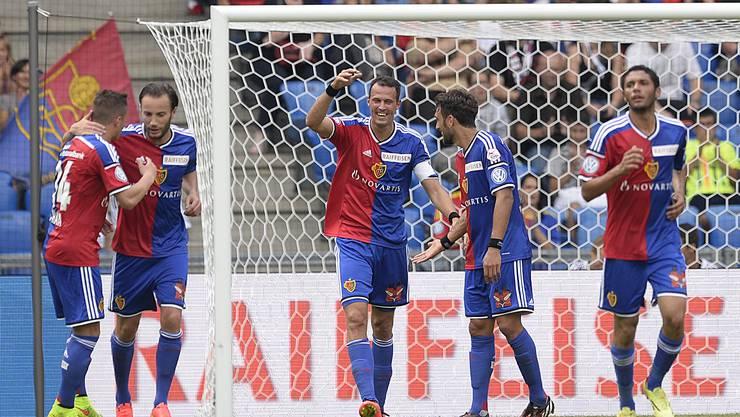 Kaum zurück, trifft er wieder: Marco Streller jubelt über sein 1:0 gegen Luzern.