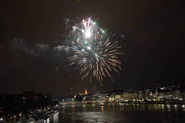 Impressionen vom Silvester-Feuerwerk in Basel.