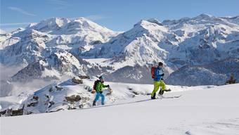Die Fläche der Wildruhezonen nimmt stetig zu. Seit Juli 2012 dürfen von Skitourengängern nur noch die in den Karten des Bundesamts für Landestopografie vermerkten Routen benutzt werden. Stefan Hunziker/swiss-image
