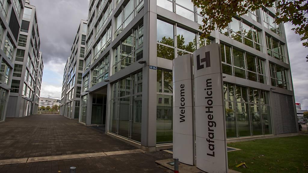 Bei LafargeHolcim klingeln die Kassen: Sitz des Unternehmens in Zürich (Archivbild).