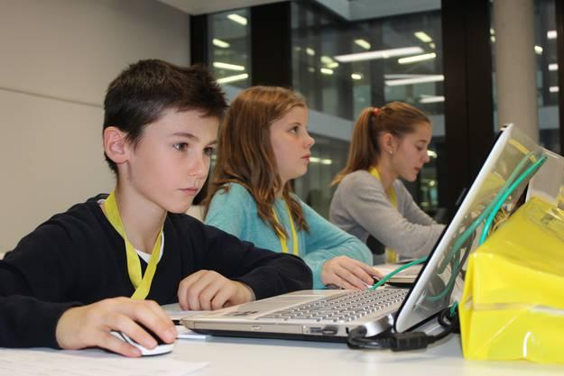 Am Nationalen Zukunftstag tauchten die Kinder in die Welt des Programmierens ein.