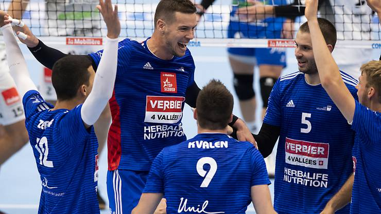 Die Spieler von Lausanne jubeln über ihren Triumph