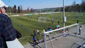 Sportzentrum Mutschellen: Nebst einem zusätzlichen Kunstrasenplatz (Foto) steht auch ein Kunststoff-Eisfeld auf der Wunschliste. Lukas SChumacher