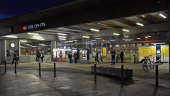 Der Bahnhof wurde evakuiert. (Symbolbild)
