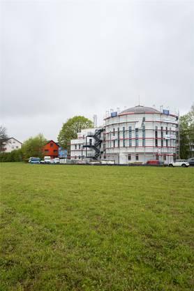 Das Resultat des Schweizer Minarett-Streits: Mitte Mai wird am Wiler Stadtrand die neue Moschee eröffnet.