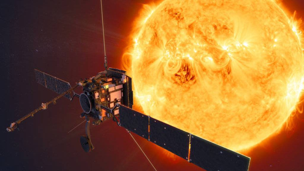 Der Solar Orbiter soll die Sonnenphysik studieren. Mit an Bord ist ein Röntgenteleskop der Fachhochschule Nordwestschweiz. (Künstlerische Darstellung)