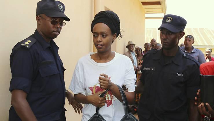 Die ruandische Politikerin Diane Rwigara wollte bei der Präsidentenwahl 2017 gegen Kagame antreten, wurde aber von der Wahl ausgeschlossen. (Archivbild)