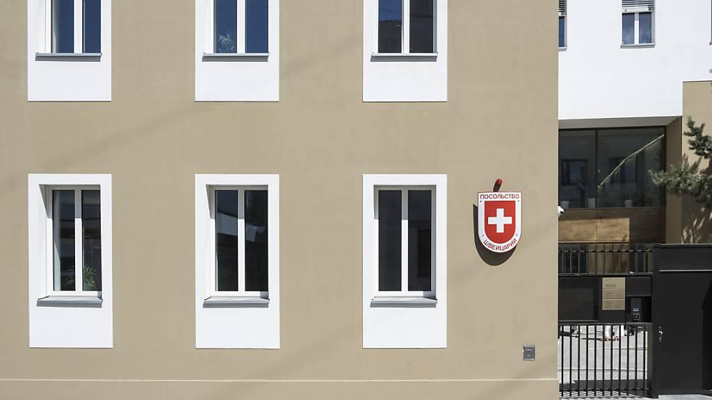 Mitarbeiterin der Schweizer Botschaft in Moskau soll Geld veruntreut haben