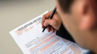 Neu gilt seit diesem Jahr: Wer seine Steuererklärung nicht fristgerecht einreicht, bezahlt eine Mahngebühr von 35 Franken. (Symbolbild)